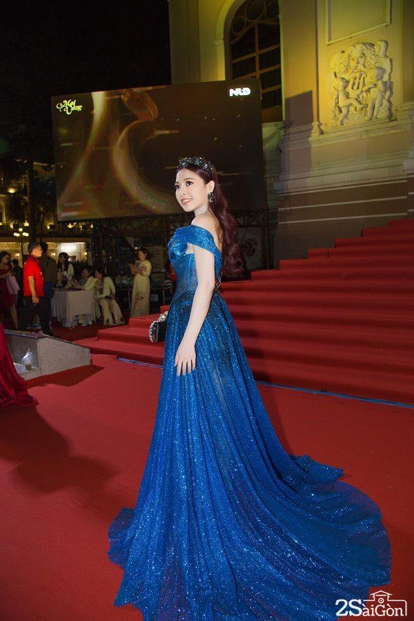 NSX phim Kim Thanh Thảo hạnh phúc chia sẻ về kỉ niệm nhận giải Mai Vàng