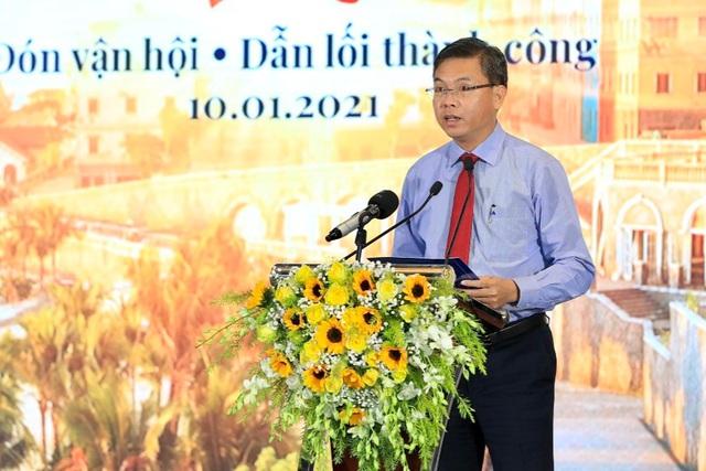 Các sếu đầu đàn đổ vào Phú Quốc hàng trăm nghìn tỷ đồng - 1